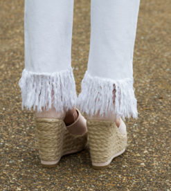 White Frayed Skinnies 5